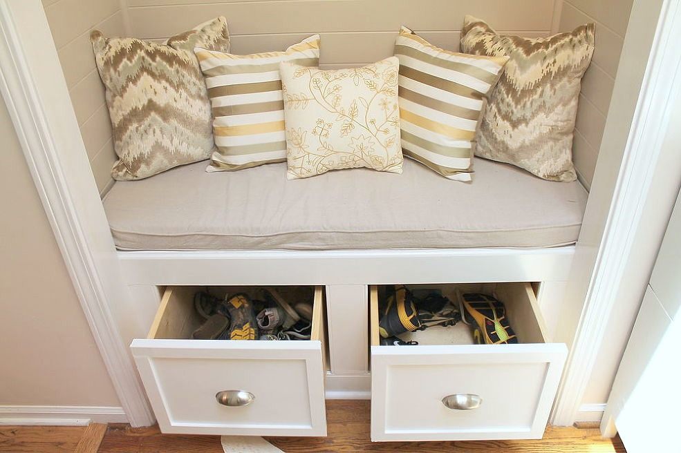 Great Closet To Storage Bench Via Hometalkers Kandi And Rebekah @Woven Home