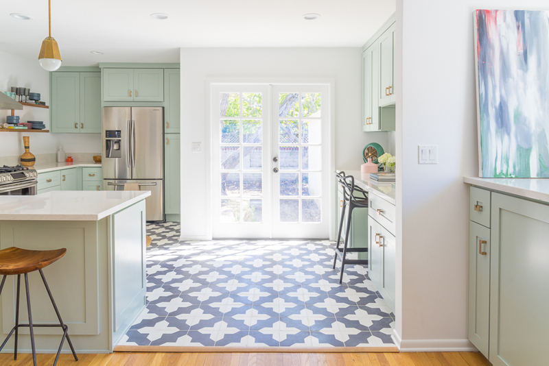 Designer Lookbook: Caitlin Murray\'s Minty Fresh Kitchen Revamp ...